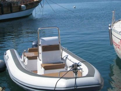 Location Semi-rigide Sea Water Smeraldo 550 Alghero