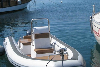 Hire RIB Sea water Smeraldo 550 Alghero