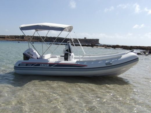 RIB Selva Marine 470 for hire