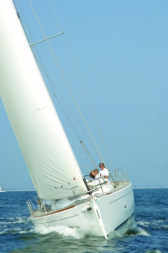 Barca a vela DUFOUR 450 Grand Large (4 Cabins, From 2014) da noleggiare