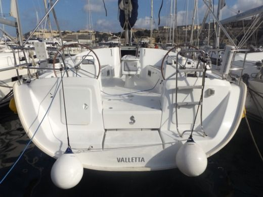 Charter sailboat in Malte peer-to-peer