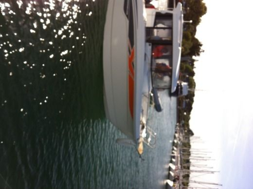 Motorboat Benneteau  Barracuda 7  for hire
