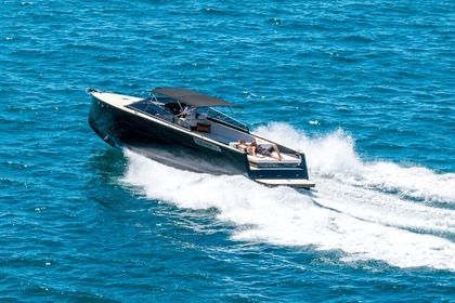 Hire Motorboat Colnago 45 Open Split