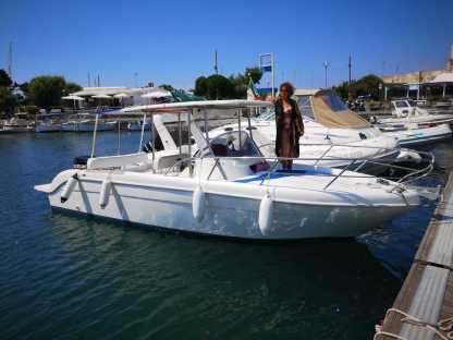 Charter Motorboat Saver 7,50 Bacoli