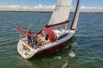 Rental Sailboat Maxus 33.1 RS Standard Węgorzewo
