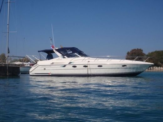 Charter motorboat in Terracina, LT peer-to-peer