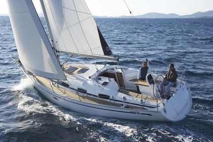 Charter Sailboat BAVARIA 38 Cherbourg-en-Cotentin
