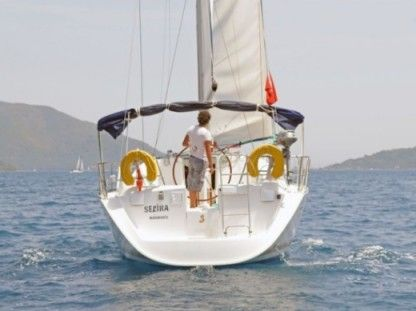 Rental Sailboat Beneteau Oceanis 393 Clipper Marmaris