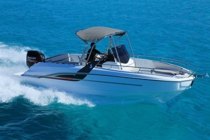 Hire Motorboat BENETEAU Flyer 7.7 SpaceDeck Ajaccio