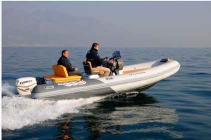 Charter RIB Mv Marine 18 tech Salerno