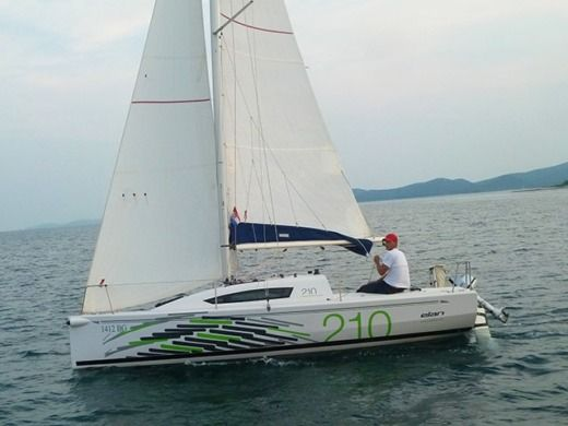 Sailboat Elan Elan 210 for hire