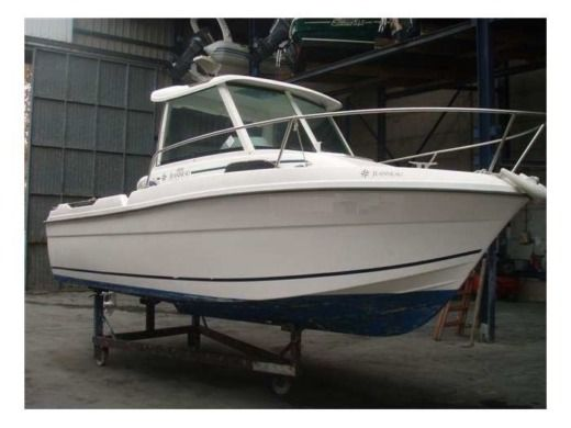 Motorboat Jeanneau Merry Fisher 580 for hire