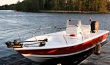 Motorboat Sea Pro 24 Bay Red for rental