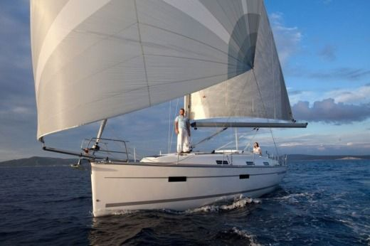 Bavaria 36 Cruiser in Lisbon for rental