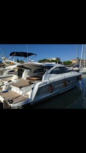 Motorboat JEANNEAU Leader36 peer-to-peer