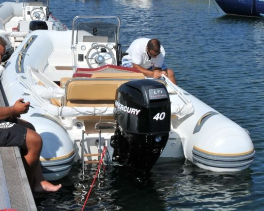 RIB BWA 550 LIMITED - COSTA SMERALDA for hire