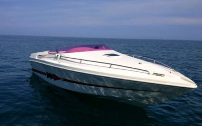 Charter Motorboat Tullio Abbate Elite 25 Chania