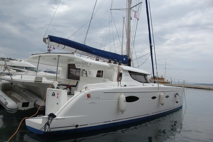 Hire Catamaran FOUNTAINE PAJOT SALINA 48 Split