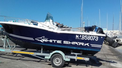 Kelt Marine White Shark 205 in Marseille for rental