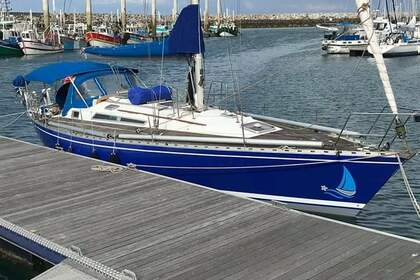 Rental Sailboat BENETEAU FIRST 42 Saint-Quay-Portrieux