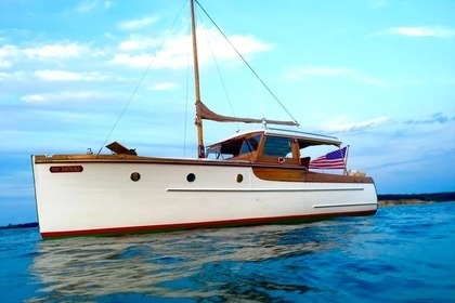 Charter Motorboat ELCO 30ft ' Marinette' East Hampton