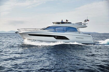 Location Yacht Prestige 520 Fly Podstrana