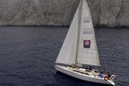 Hire Sailboat Jeanneau Sun Shine 38 Heraklion