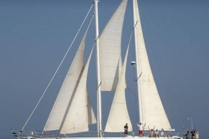 Hire Sailboat Schooner 75 Long Beach