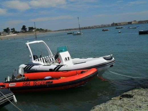 Aquastar-marine 600 Rib in Larmor-Plage peer-to-peer