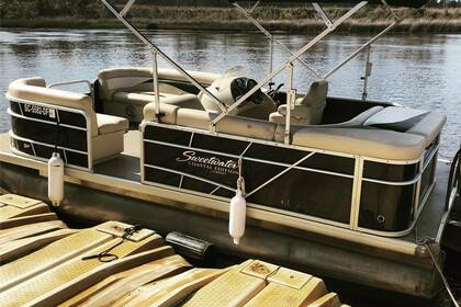 Hire Motorboat Sweetwater 20' Myrtle Beach