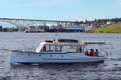 Charter Motorboat Jensen Custom Seattle