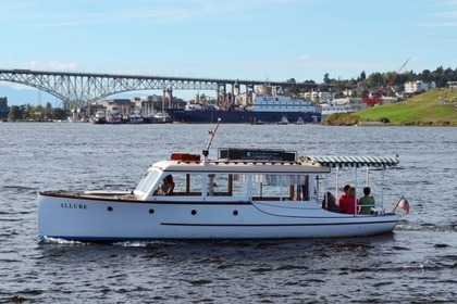 Hire Motorboat Jensen Custom Seattle