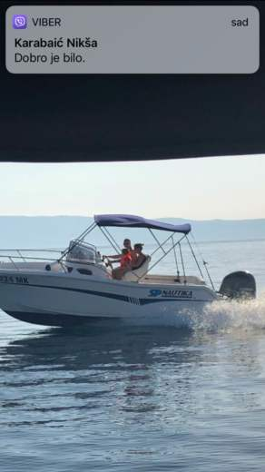 Motorboat Elan 650 Cabin for hire