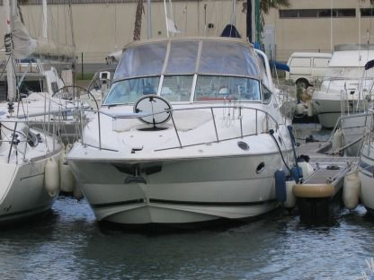 Charter Motorboat Cruiser Yatch Cruiser Yatch 3075 Propriano