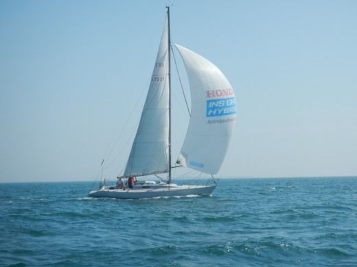 Sailboat Bénéteau First Class 12 peer-to-peer