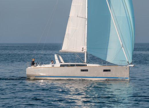 Charter Sailboat Beneteau Oceanis 38 Athens