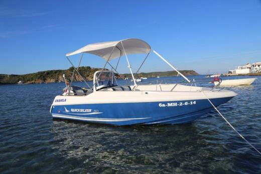 Quicksilver Commander 500 in Es Grau for hire