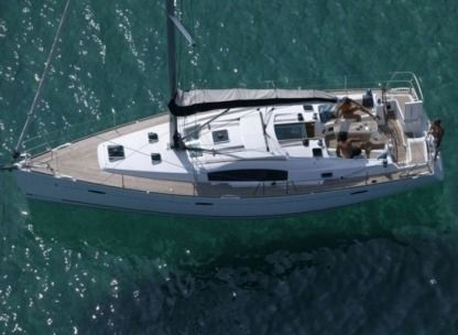 Rental Sailboat Beneteau Oceanis 43 Catania