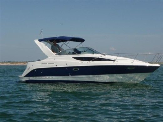 Motorboat Bayliner 285 Sb for hire