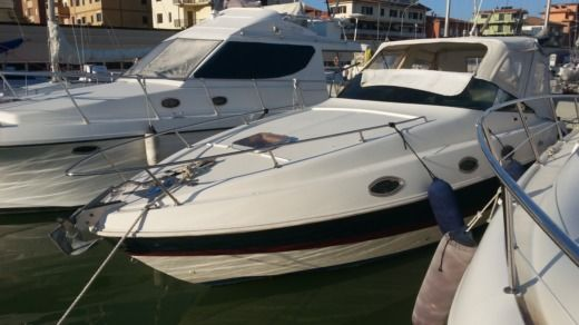 Ilver Texa28 in Marina di Grosseto for hire