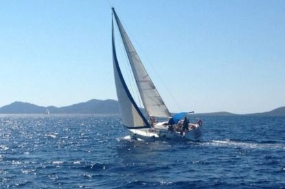 Rental Sailboat Beneteau Oceanis 350 Stintino