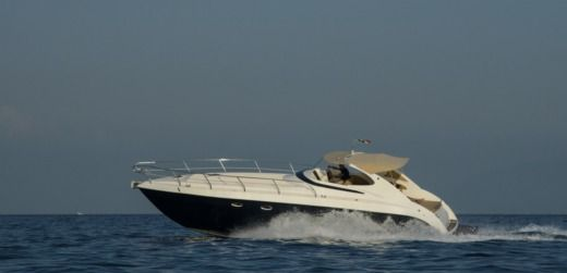 Motorboat Euronautica Ferrara Baia 40 for hire