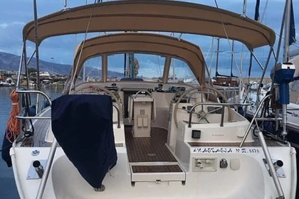 Rental Sailboat OCEAN STAR 51.2 Athens