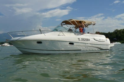 Hire Motorboat JEANNEAU LEADER 805 Cannes