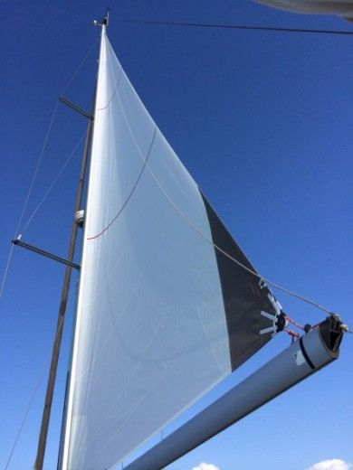 Sailboat BENETEAU OCEANIS 46 peer-to-peer