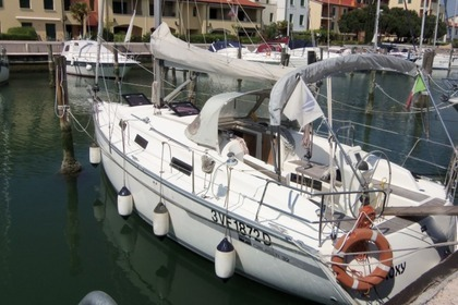 Rental Sailboat BAVARIA 32 cruiser Caorle