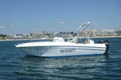 Rental Motorboat BENETEAU FLYER 650 OPEN Pornichet