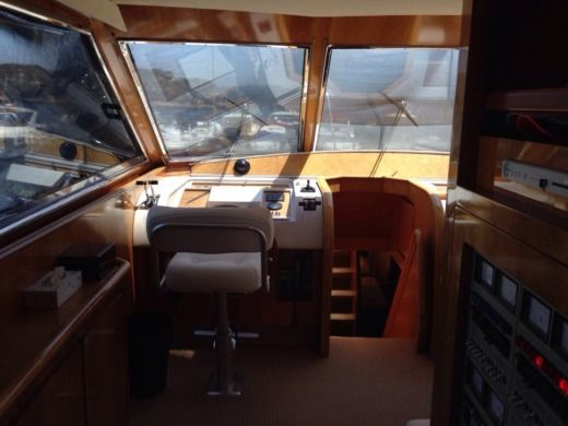 Motorboat Canados 70 for hire