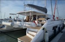 Location Catamaran Nautitech 542 Ajaccio