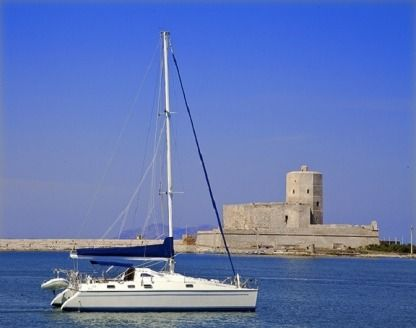 Rental Catamaran Priviledge 12 Trapani